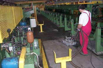 heisswasser-hochdruck-reinigung-industrie1